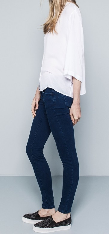 Push in Deep Was Blue Skinny Jeans by Denim&co.