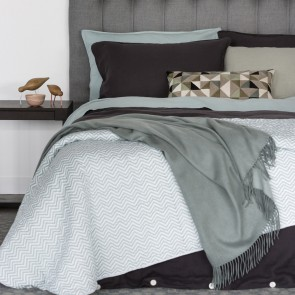 Linen and Moore Cashmere Mix Throw