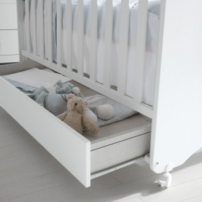 Cute Co Dinus Baby Cot With Mattress