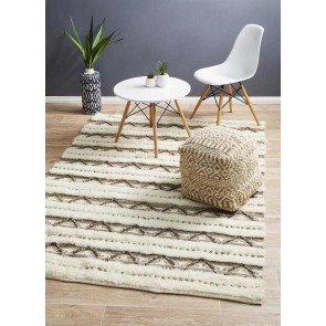 Everest 1640 Ivory By Rug Culture