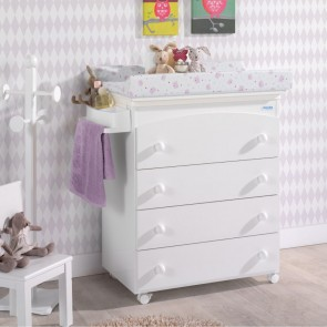 Cute Co Baby Change Table With Drawers and Bath