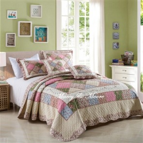 Macey & Moore Tuscany Pink Coverlet